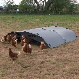 recycled-plastic-hen-shelter-89-5-detail